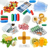Set of medical l tablets, capsules, and other drugs ffrom illnesses — Stock Photo