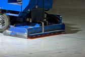 The machine for resurfacing ice — Stock Photo