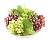 Grape with leaves, isolated — Stock Photo