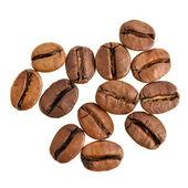 Kaffebönor på vita — Stockfoto