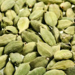 Green cardamom seeds — Stock Photo