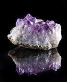 Single Natural cluster of Amethyst, violet variety of quartz close up macro — Stock Photo