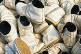 Old shoes leave together. — Stock Photo