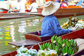 Banana in the floating market — Stock Photo
