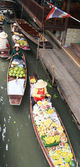 Lifestyle Damnoen Saduak Floating Market - Thailand on 30 Decemb — Stockfoto