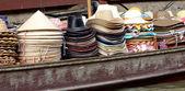 Hats for sale at Damnoen Saduak Floating Market - Thailand. — Stock Photo