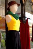 体のマネキンの販売のための服を着て. — ストック写真