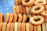 Making donut fried in market — Stock Photo