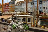 Paseo marítimo nyhavn en copenhague, dinamarca — Foto de Stock