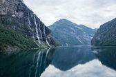 Waterfolls in Geiranger fjord, Norway — Stock Photo