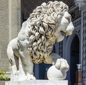 Lion sculpture — Stock Photo