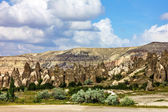 Mountain landscape in Goreme, Cappadocia, Turkey — Stock Photo