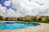 Hotel swimming pool, Goreme, Cappadocia, Turkey — Foto de Stock