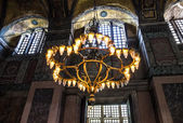 Luster in interior of Hagia Sophia - greatest monument of Byzant — Foto de Stock