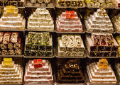 Turkish Delights in Spice Bazaar, Istanbul, Turkey — Stock Photo