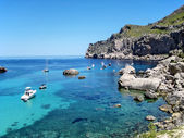 Idyllic ocean bay — Stock Photo