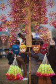 Indické hračky prodávající - sloní festival, chitwan 2013, Nepál — Stock fotografie