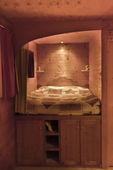 Wooden bedroom in caravan, north east of France — 图库照片