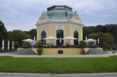 Beautiful pavillion in schönbrunn palast — Stock Photo