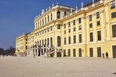 En vy av en berömda schönbrunn i wien österrike — Stockfoto