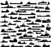 Set of 60 silhouettes of sea yachts, towboat and the ships — Stock Vector