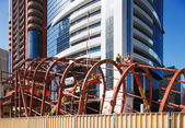 Bolting the steel together of the Dubai Metro Station — Stock Photo