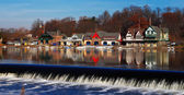 The famed Philadelphias boathouse row in Fairmount Dam Fishway — Stock Photo