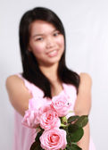 Lady und rose — Stockfoto