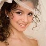 giovane sposa con il velo — Foto Stock