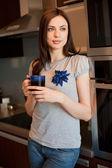 πίνοντας τον πρωινό καφέ — Φωτογραφία Αρχείου