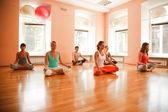Praktyka jogi — Zdjęcie stockowe
