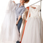 Choosing wedding dress — Stock Photo
