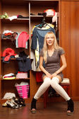Ung kvinna i leggings — Stockfoto