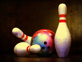 Three Bowling Pins and a Bowling Ball — Stock Photo