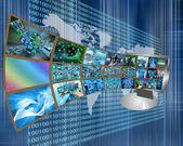 Monitor y las imágenes — Foto de Stock