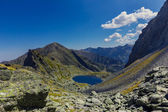 Mountain landscape with lake — Stockfoto