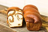 Traditionele spons cake voor pasen of kerstmis — Stockfoto