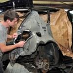 Car body worker. — Stock Photo