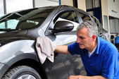Cleaning a car. — Stock Photo