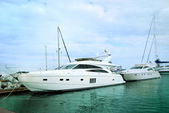 Yachts moored in harbour — Stock Photo