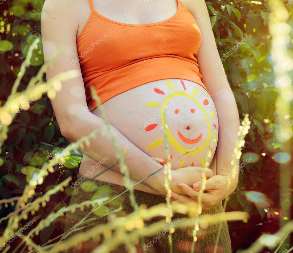 Почему у беременных холодный живот