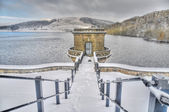 Snow at Reservoir — Stock Photo