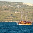 Pleasure craft boat in Adriatic sea Croatia, on excursion tour — Stok fotoğraf