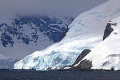 Cruising down the Gerlache Strait, Antarctica — Foto de Stock