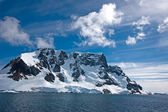 Segeln auf den lemaire-kanal, antarktis — Stockfoto