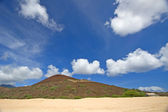 Looking inland from Clarence Bay beach towards gun emplacement, Ascension Island — Stock Photo