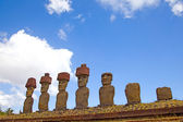 Ahu Nau Nau Moai Statues at Anakena Beach with red scoria headdress's, Easter Island, Chile. — Stock Photo