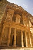 The Treasury of Petra (Al Khazneh), Jordan. — Stock Photo