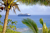Cruise ship at anchor in the bay off the western coast of Niue Island, South Pacific. — Stock Photo