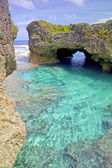 Natural arch over one of the Limu pools, Niue Island, South Pacific. — Stock Photo